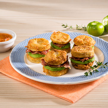 Sándwiches de Tomate Verde Frito y Aguacate